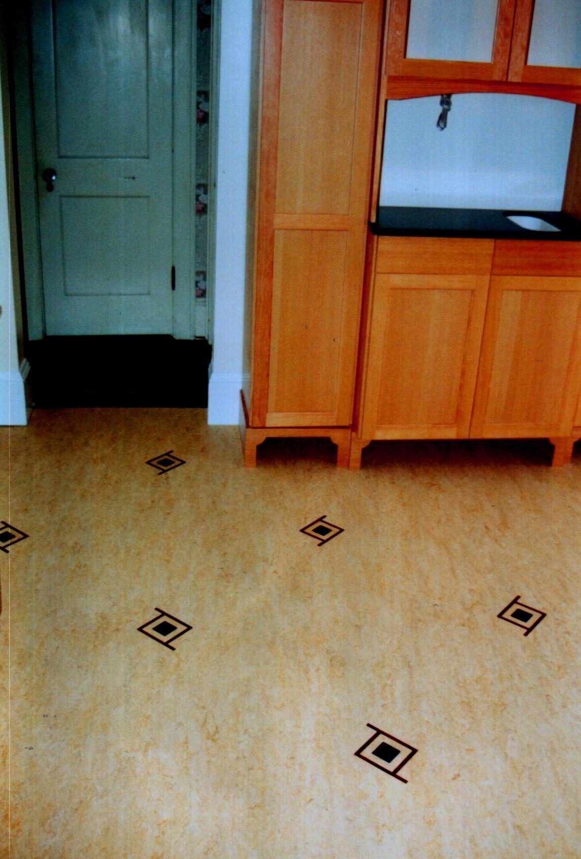 Medalions Marmoleum inlay. Kitchen Flooring