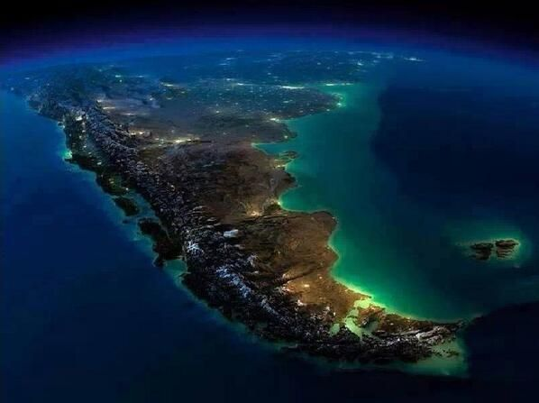 Hermosa Foto Satelital Nocturna De Argentina Viaje Argentina Argentina Turismo Imagenes De Argentina