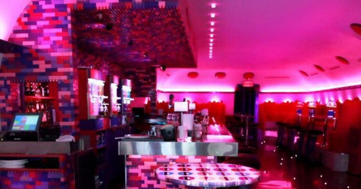 Candi Bar Bar, Neon signs, Beautiful