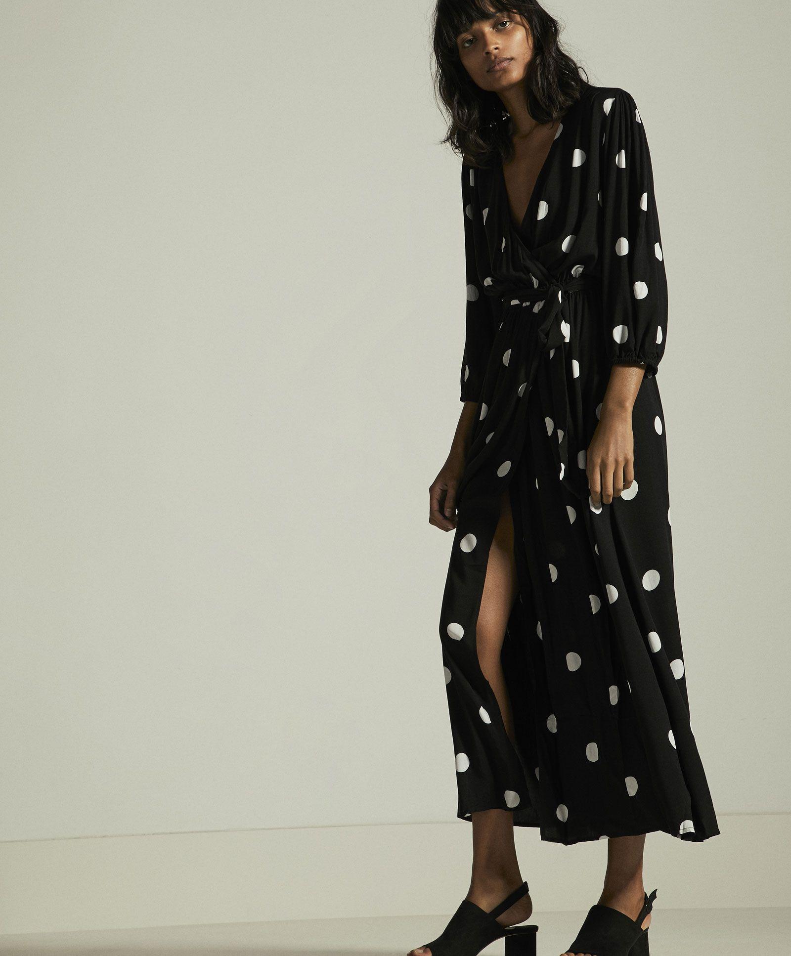 59a4b73646 Długa sukienka w grochy - Sukienki i spódnice - STROJE KĄPIELOWE I ODZIEŻ  PLAŻOWA