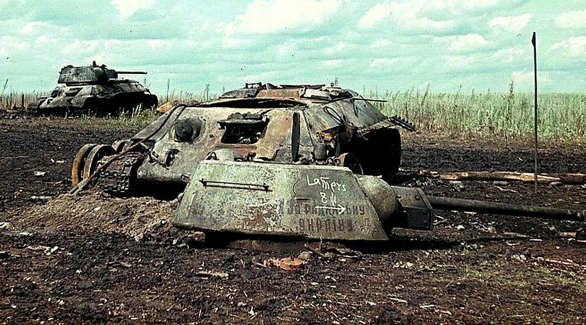 第二次世界大戦中に破壊された戦車の畫像貼ってく ティーガー、シャーマン、B1 bis(ガルパンのカモさん ...