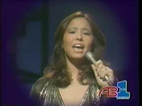 Yvonne Elliman Love Me 19 02 1977 By Lazaro Yvonne