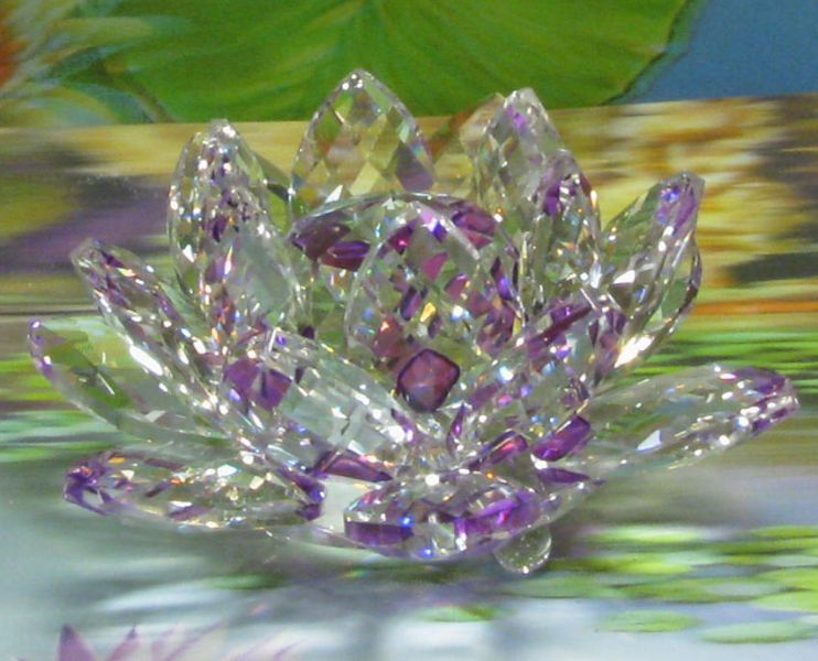 Swarovski lotus.jpg (742×600)