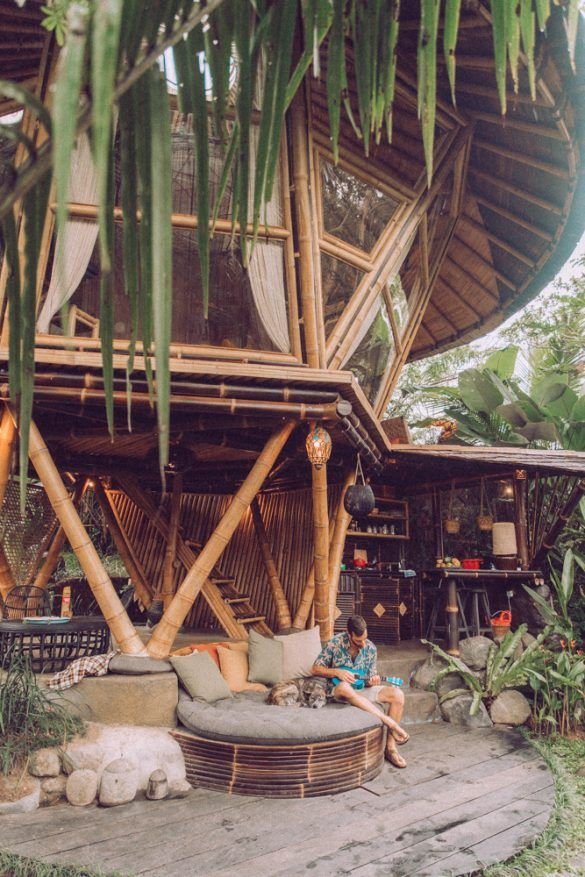 Airbnb - Bali's best Airbnb -Visit one of the Top Airbnb's in Bali. Hideout Beehive.