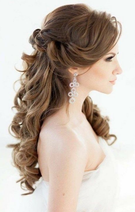 Wedding hairstyle open at the side hairstyle wedding in