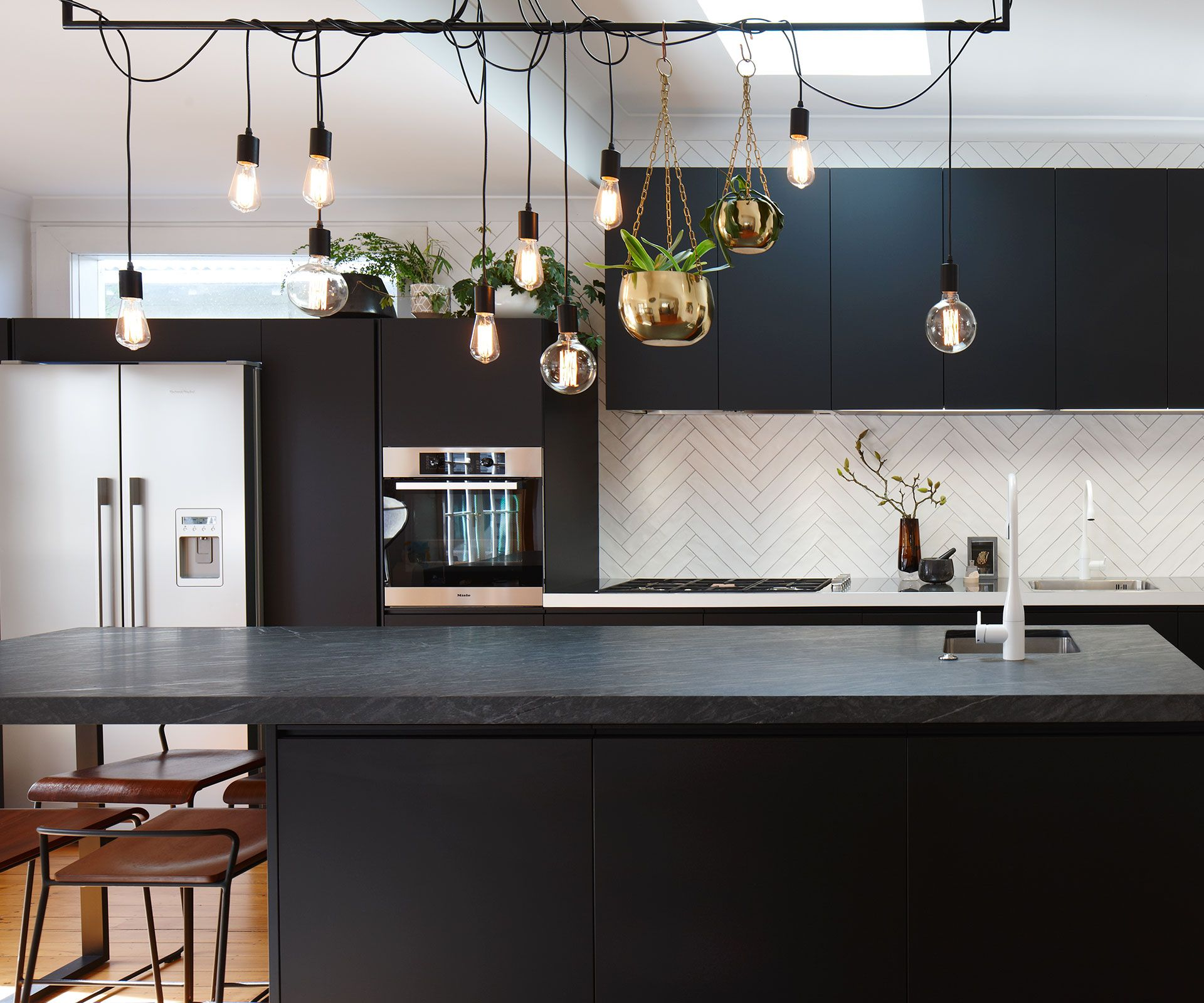 black and white textures add drama to this light filled on modern kitchen design that will inspire your luxury interior essential elements id=55084