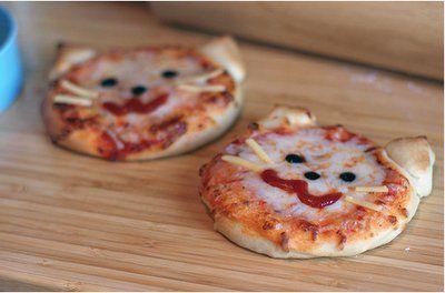 Mini cat pizzas