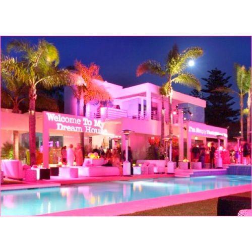 Hot Pink Malibu Barbie Mansion