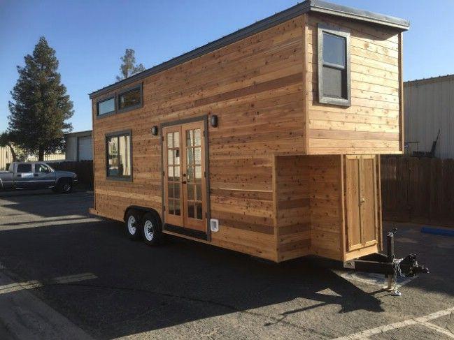 California Tiny House Builder schafft Holz Schönheit auf 24ft