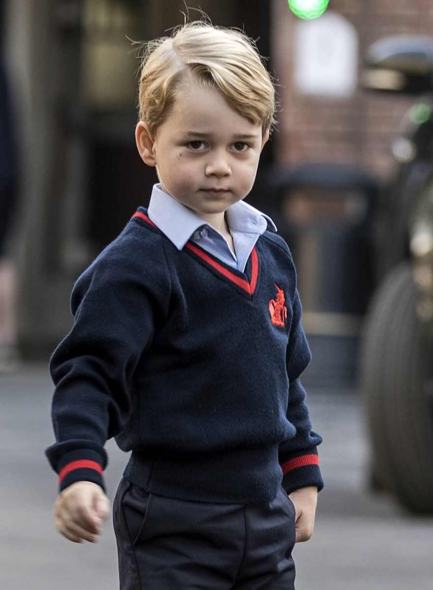 Prince George S First Day At School Prince George Prince William And Kate Prince George Alexander Louis