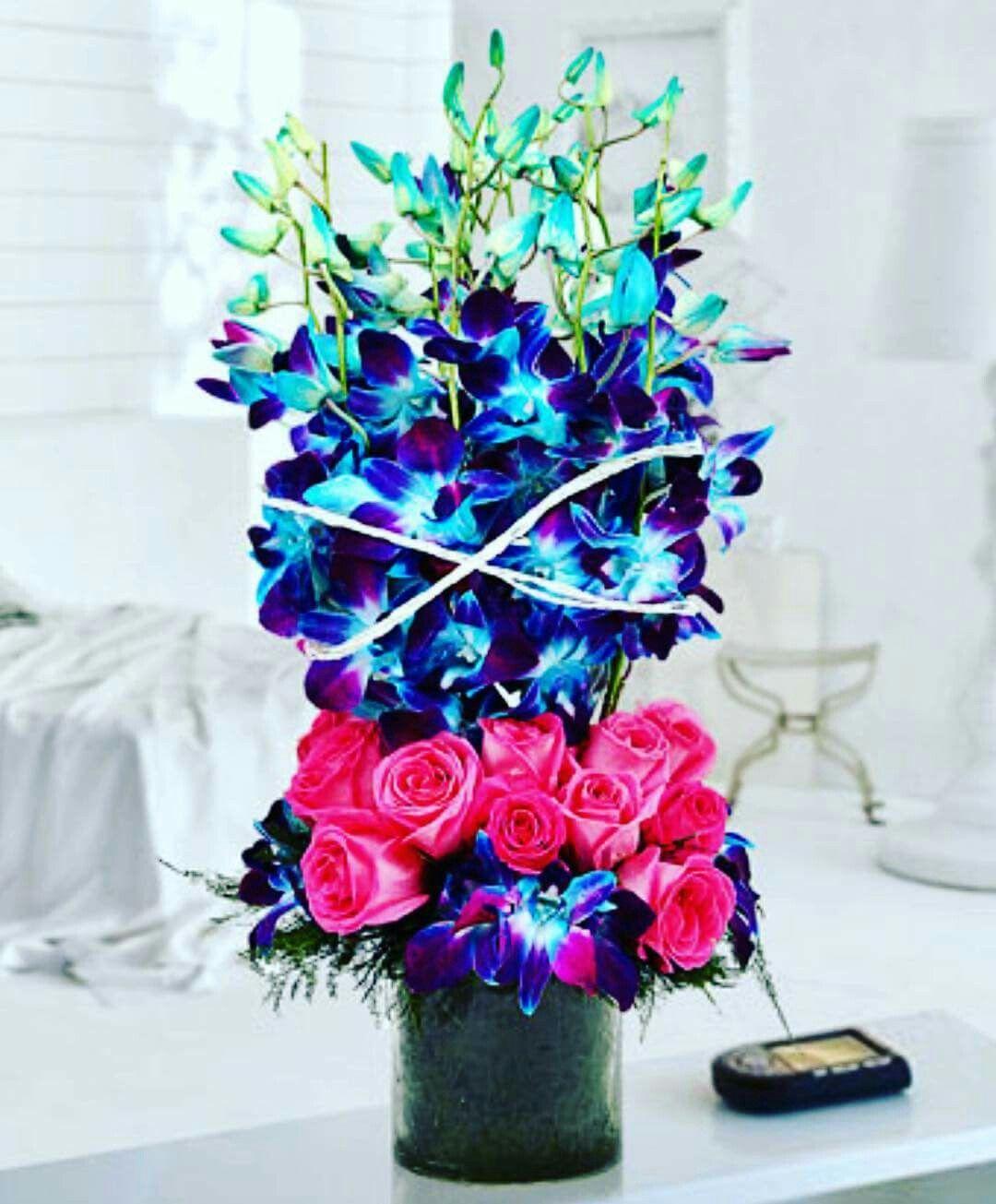 Pin By Shruti Gupta On Arrangements Pinterest Flowers Vase And