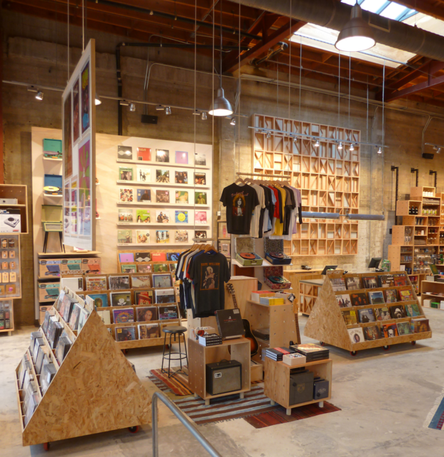 Urban Outfitters Now The World S Biggest Seller Of Vinyl Records Vinyl Record Shop Aesthetic Stores Vinyl Record Store