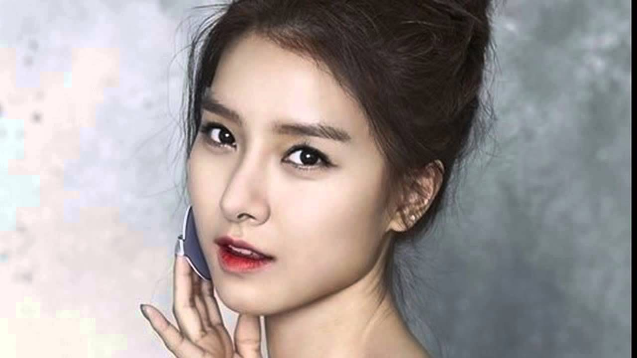 Kim So Eun Is Beautiful In White For Liar Game Actress Looked Stunning And Ethereal The March Issue Of Star Wore Desig