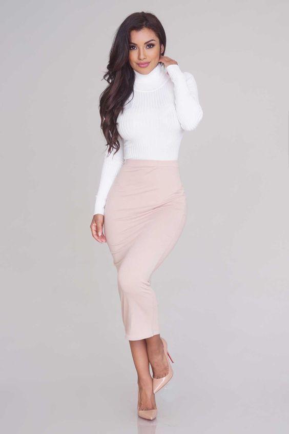 59d2db0e9 Body Rubí, falda ceñida y tacones, la combinación perfecta para ...