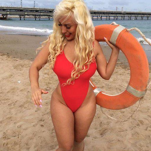 Blondie Fesser nude