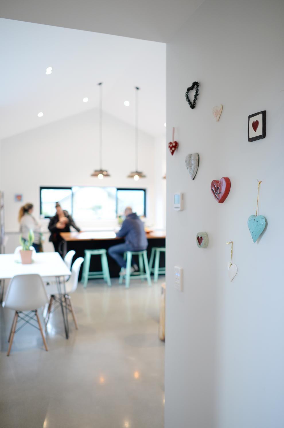 Open Plan Living Polished Concrete Floor Minimalist Home Design Wall ...