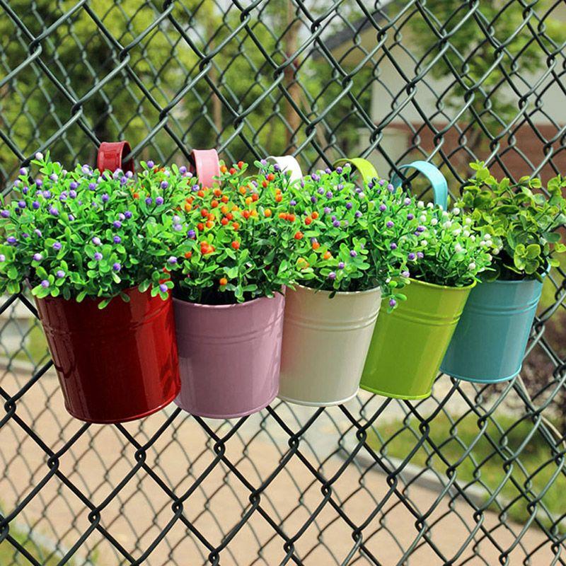Trang trí hoa độc đáo http://greenmore.vn/dich-vu/thiet-ke-canh-quan-san-vuon/