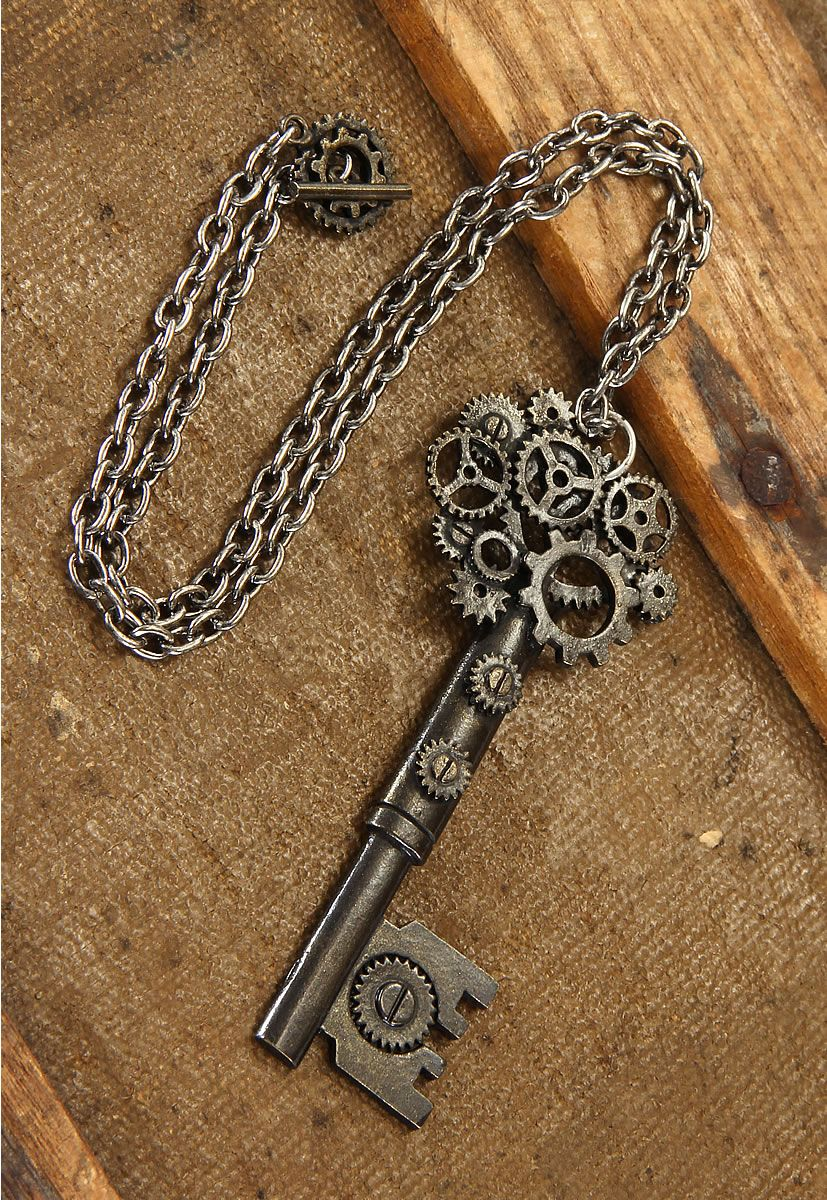steampunk antique key gear necklace this looks awesome random pinterest antique keys. Black Bedroom Furniture Sets. Home Design Ideas
