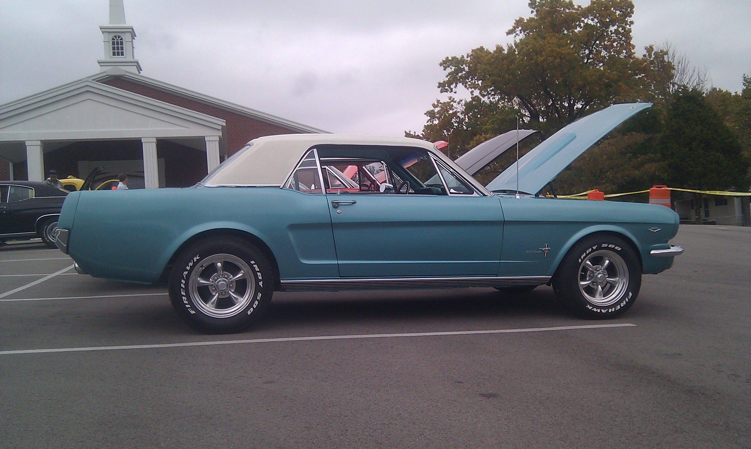 Old Ford Mustang