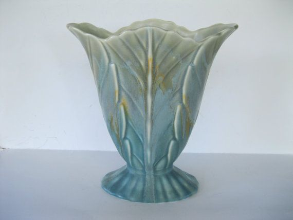 Beswick Pottery Fan Vase With Scalloped Lip Vintage Floral Design Made In England 844 2 Vintage Pottery Pottery Vintage Floral Design