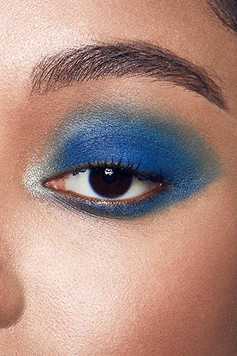 Bassline metallic periwinkle Pressed Powder Eyeshadow on