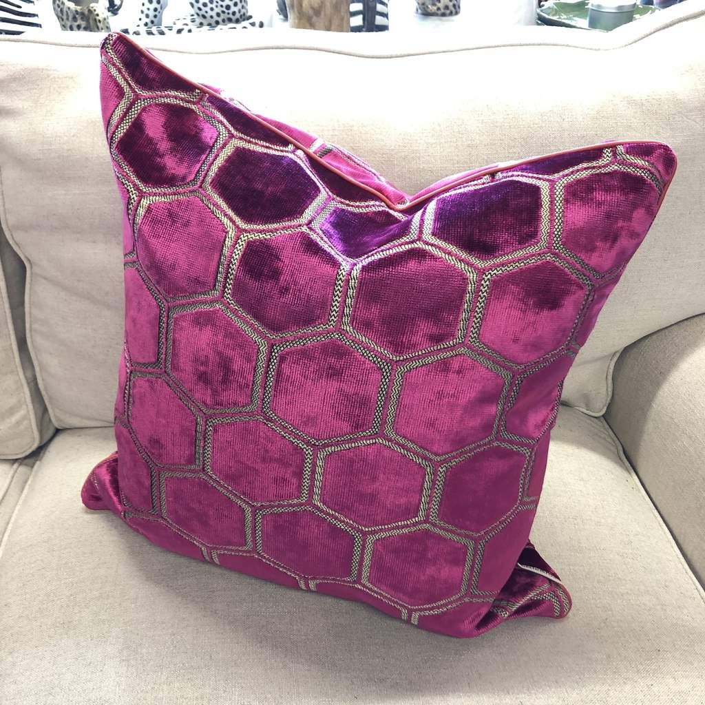 Pin by Wendy Davies on Cushions and wallpaper Pink