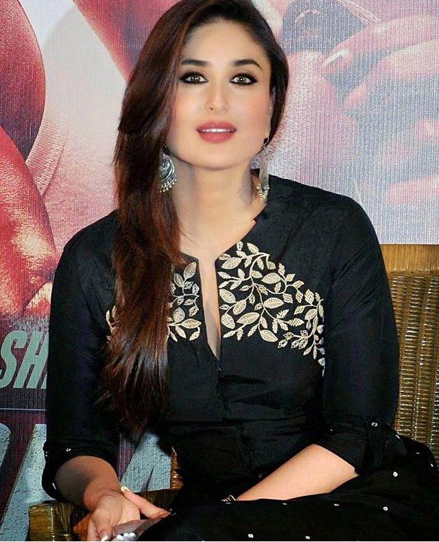 Kareena Kapoor | Kareena kapoor, Karena kapoor, Blue dresses