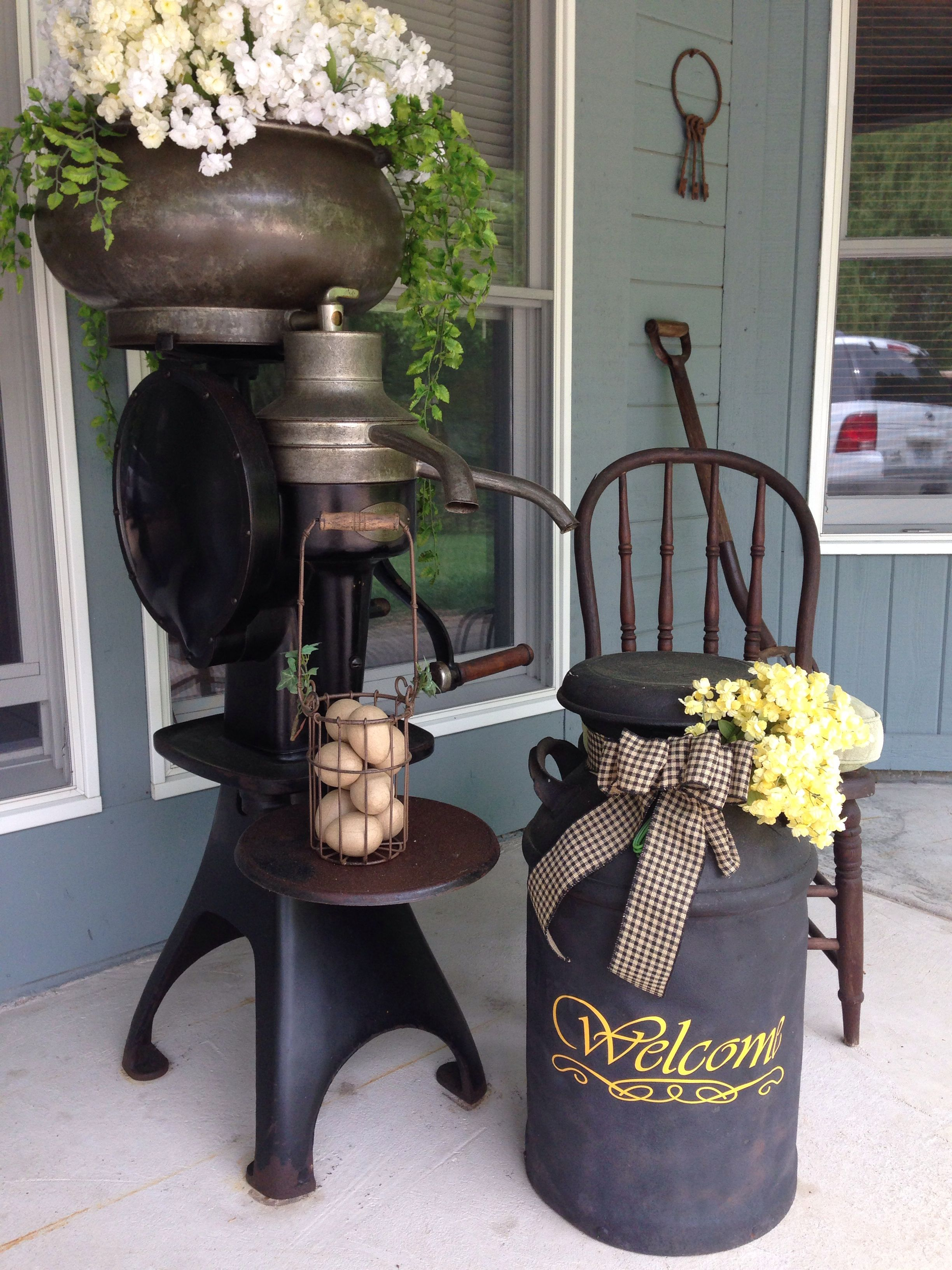 Pin By Debbie Ponder On Front Porch 2014 Painted Milk Cans Milk Can Decor Farm Decor