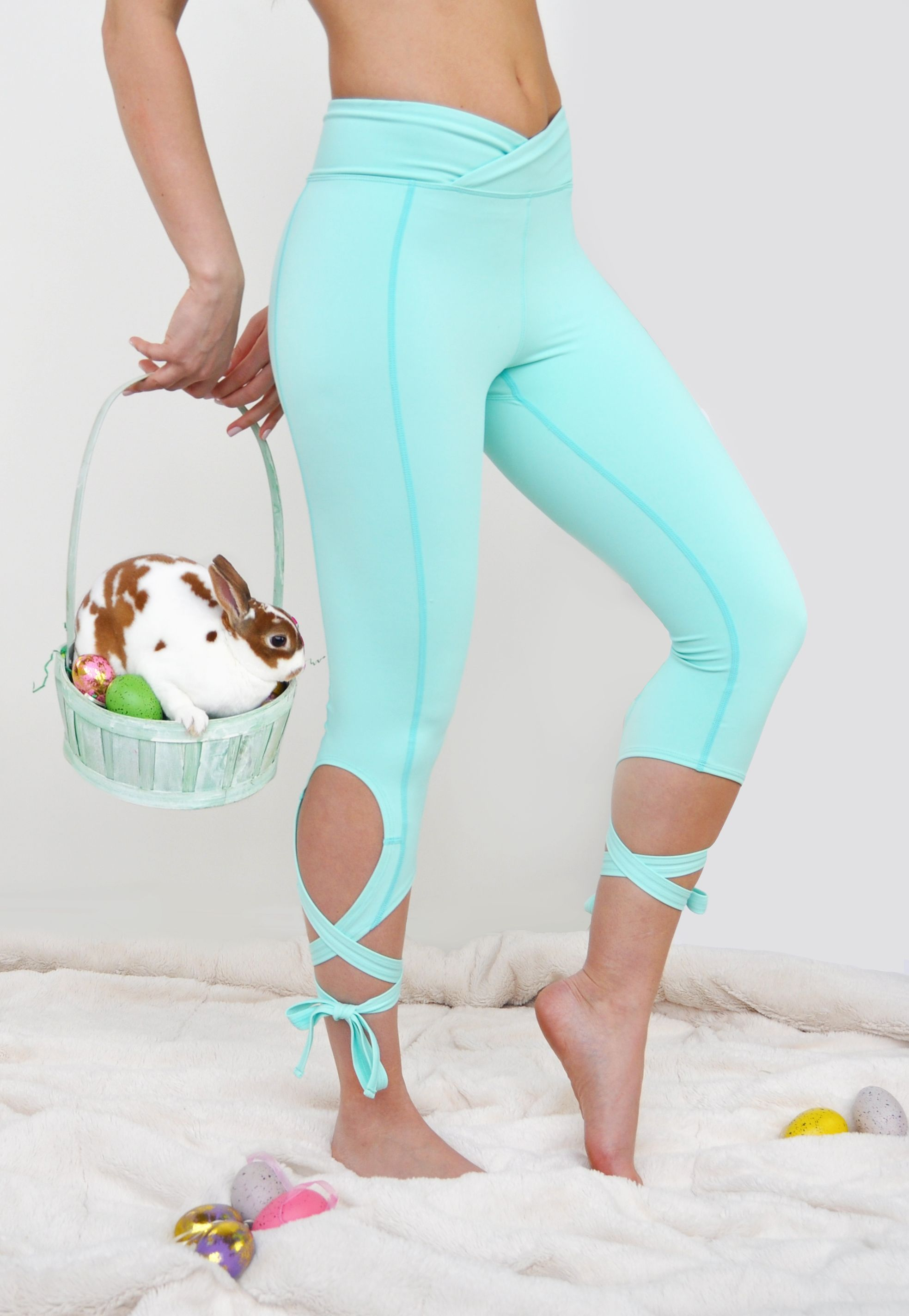 Rabbit Easter Modern Yoga Tights Short Running Pants Workout