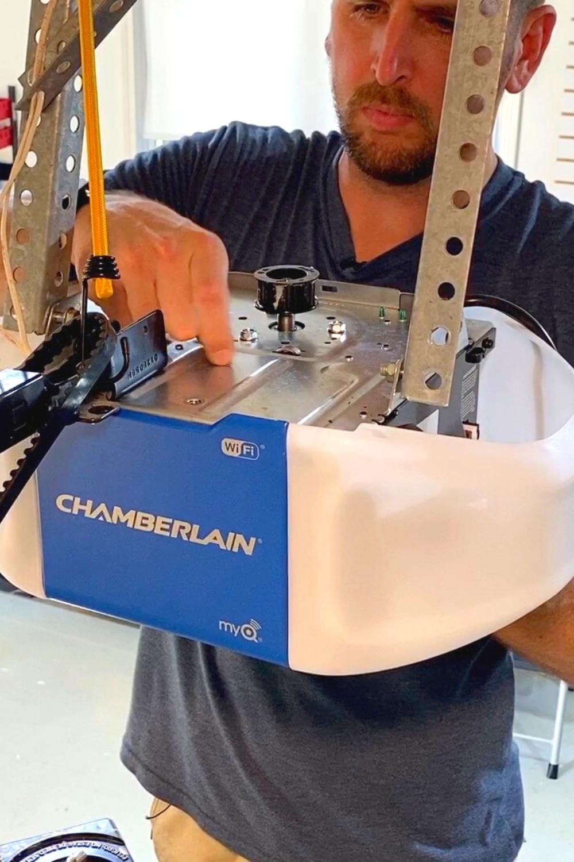 Replacing A Chamberlain Garage Door Opener In 2020 Chamberlain Garage Door Opener Old Garage Garage Door Opener
