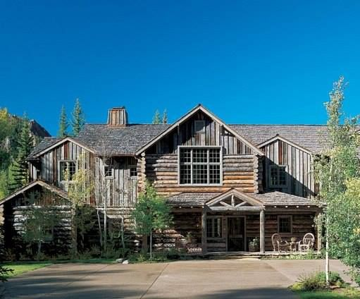 Perfect Look Variations In Log Color The Unfinished Look Looks More Authentic That Way House Exterior Architecture Cabins In The Woods