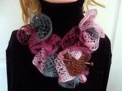 SASHAY SCARF, how to use Sashay yarn to crochet a ruffled scarf