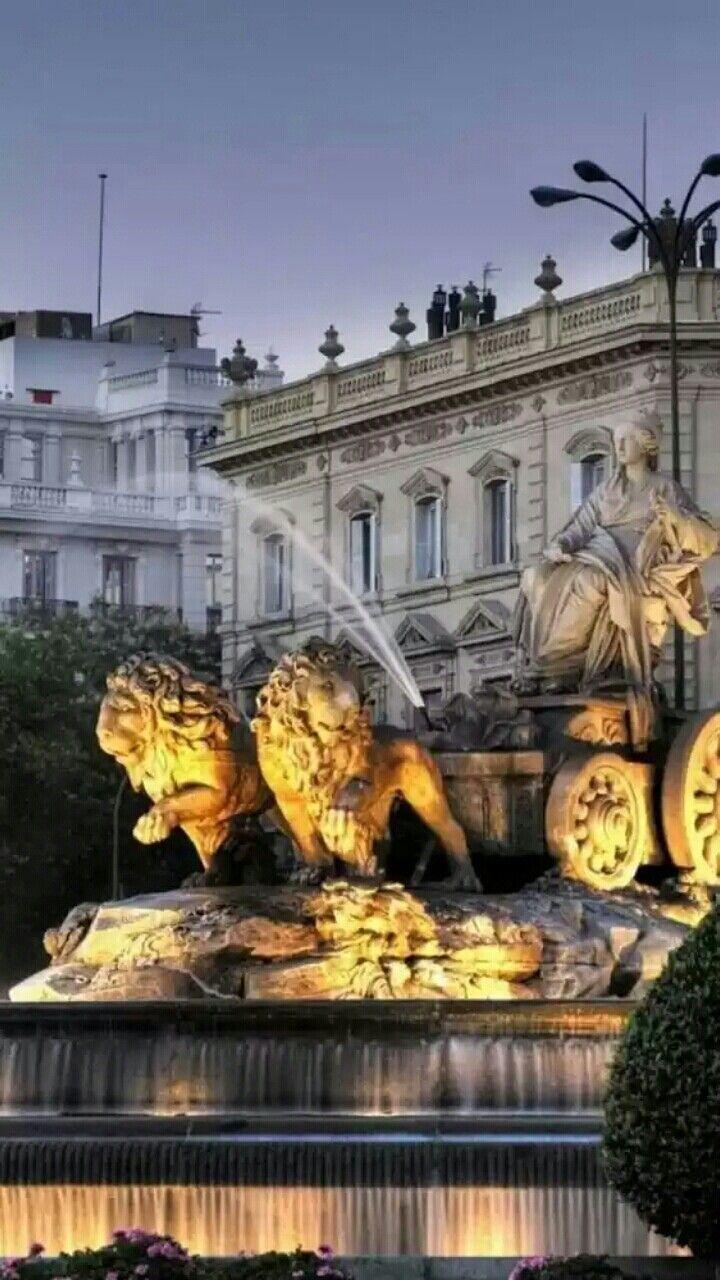 The Cibeles Fountain In Madrid Spain Madridfoodtour Com Spain Travel Madrid Espana Spain