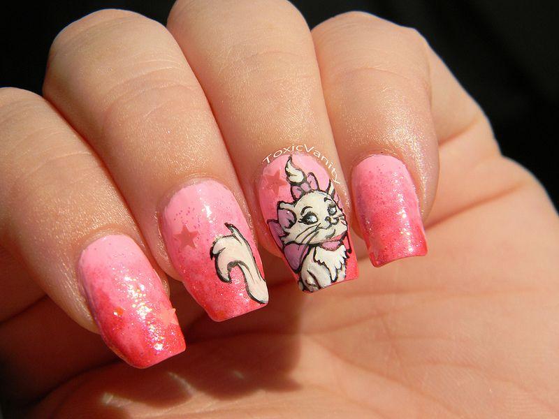 Disney cat nail art: I love Marie from the arista cats ❤ I don\'t ...