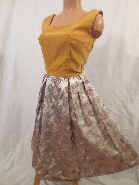 CARAMEL SUNDAE velvet brocade cocktail dress - $35 at JOHNNY BOMBSHELL #vintage #fifties #velvet #brocade