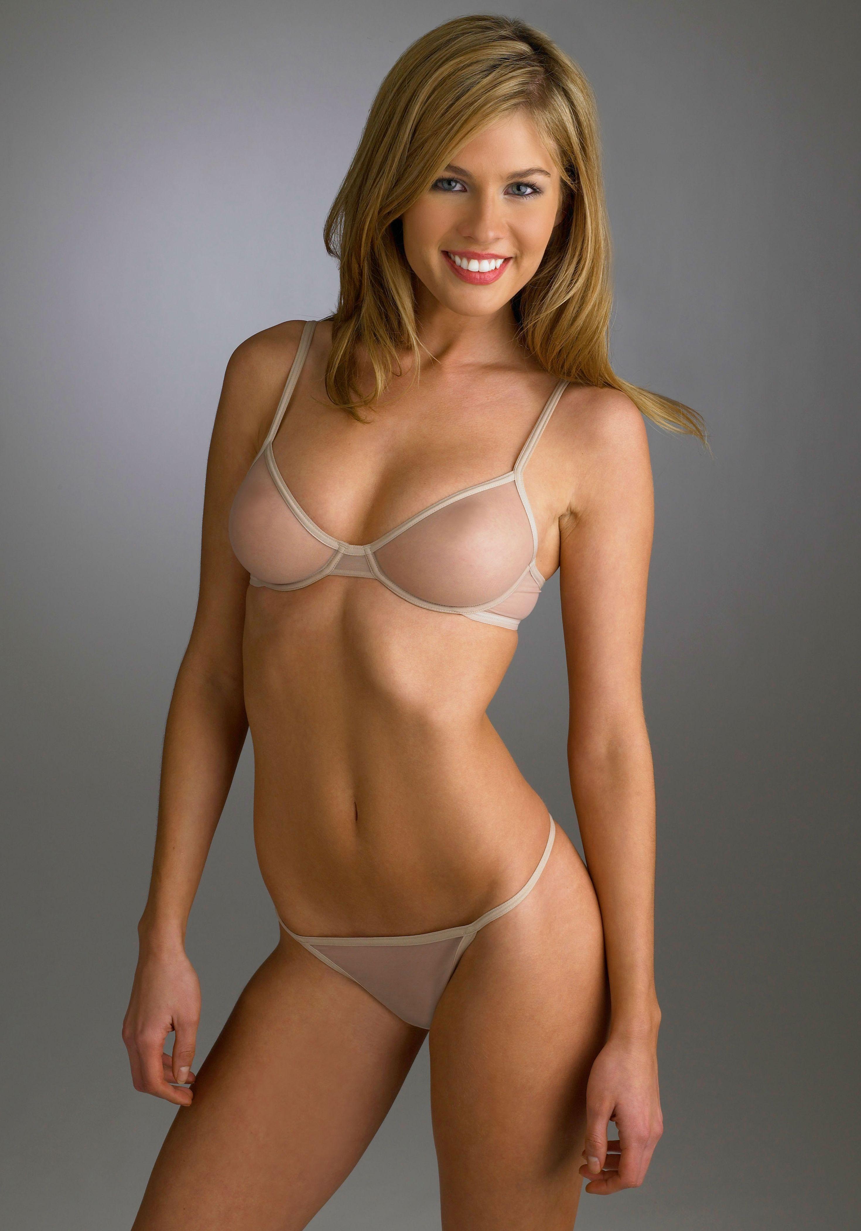 Caitlin_Manley_7.jpg   Models Rating