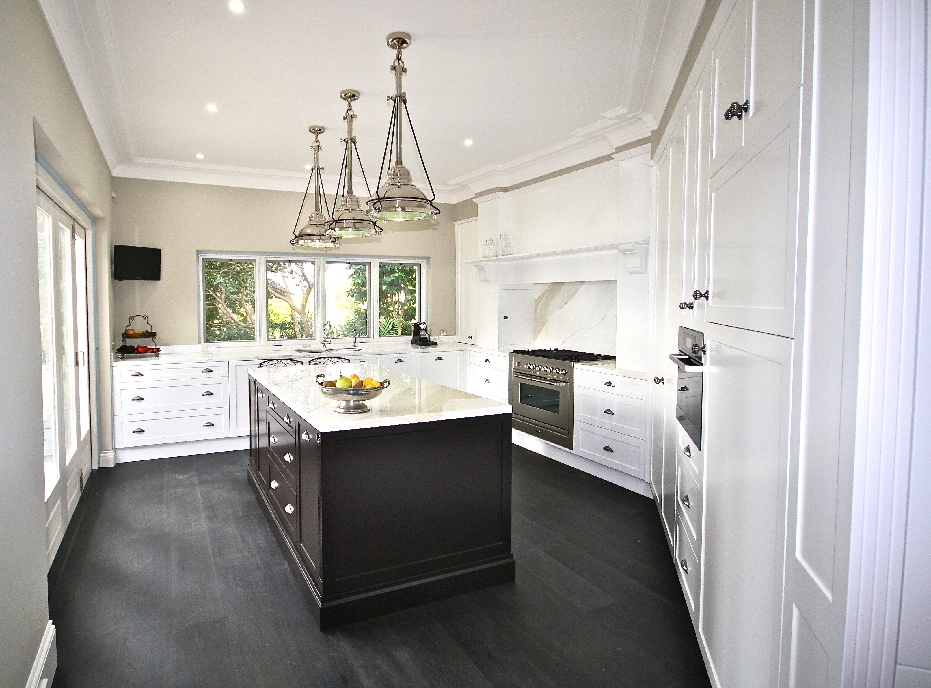 12 best TWO TONE KITCHENS - KITCHEN IDEAS images on Pinterest ...