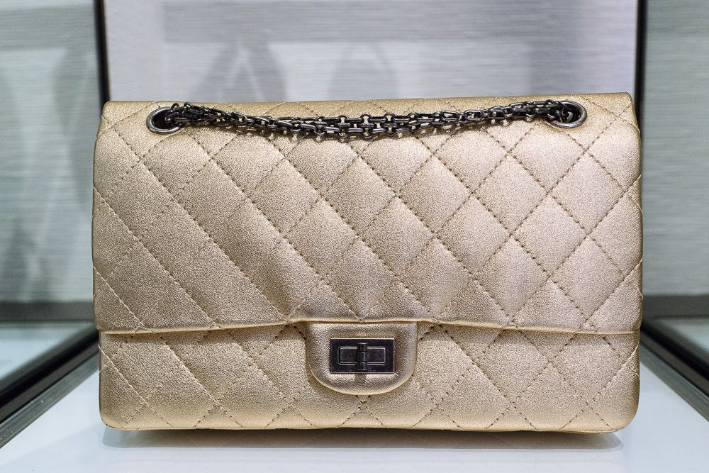f93681e6b475 Our Exclusive Look at the Bags and Accessories of Chanel Spring 2014 -  PurseBlog