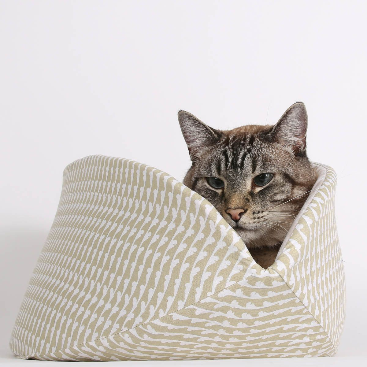 Nice Cat Furniture This Jumbo Size Cat Canoe Was Made In Cotton Fabrics In