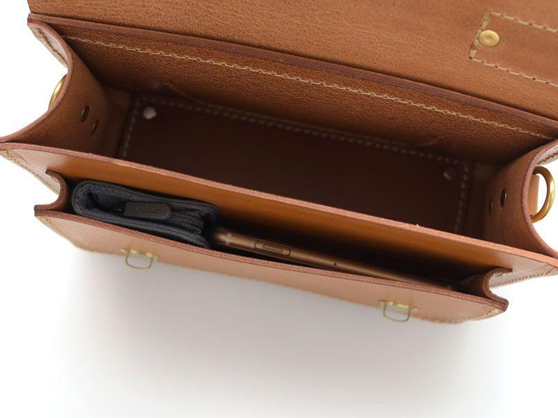 0395decaab15 メンズレディース問わずで使える本革の2wayミニバッグ「革鞄のHERZ公式 ...
