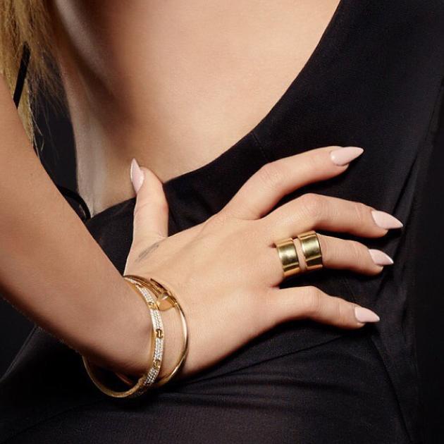 Khloe Kardashian Nude Stiletto Nails | Kardashian Nails | Pinterest ...