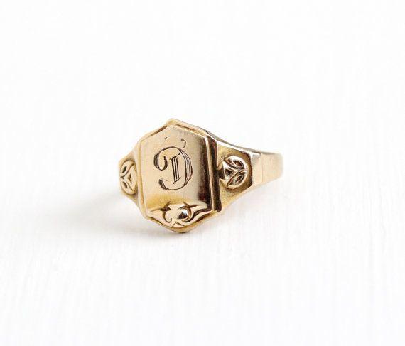 Vintage Art Deco 10k Rosy Yellow Gold Letter D Signet Ring 1920s Art Deco Size 3 3 4 Script Initial D House Of Kr Signet Ring Vintage Art Deco 1920s Art Deco