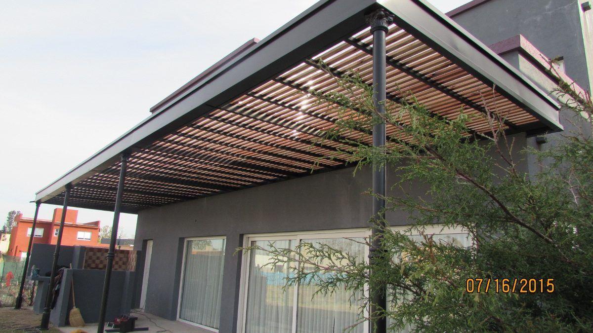 Pergola de hierro madera y policarbonato exterior in for Pergola policarbonato