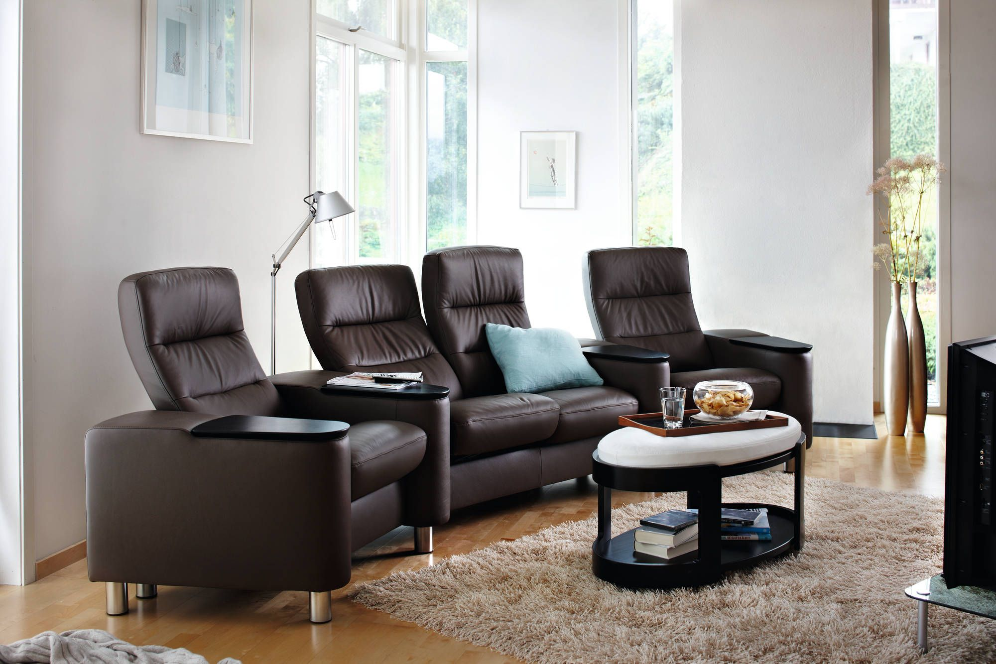 pin by bedrooms  u0026 more on stressless recliners  u0026 sofas