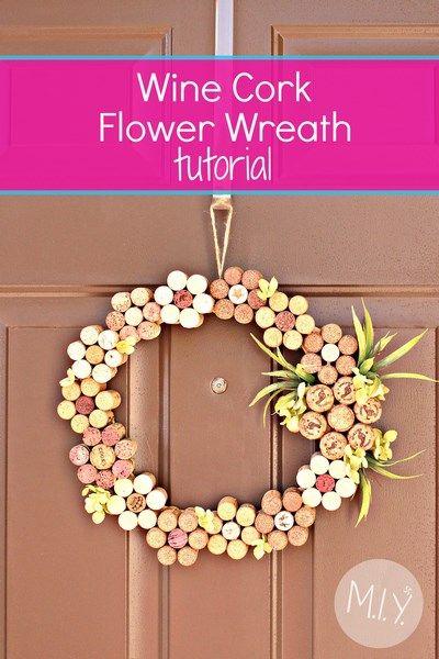 Summer decor wine cork flower wreath wine cork wreath for Wine cork crafts guide