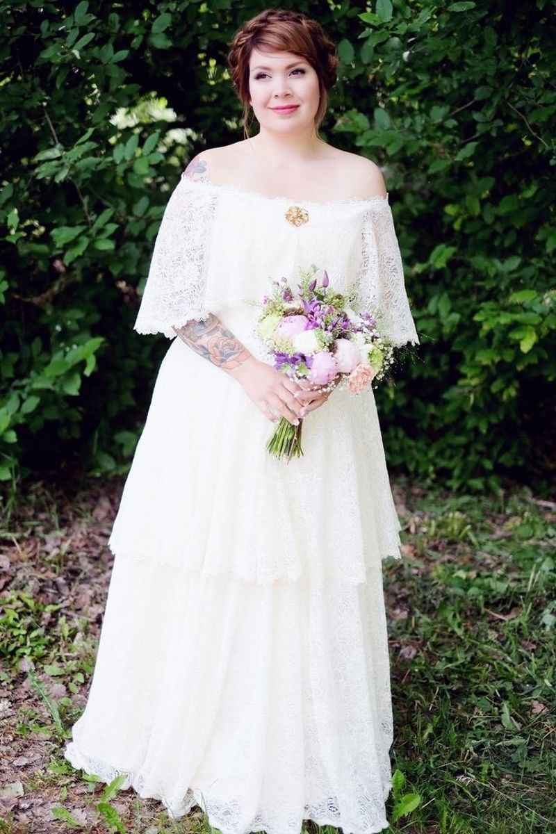 Lace bohemian wedding dress  Plus Size Off The Shoulder Bridal Gown Whiteivory Lace Boho Wedding