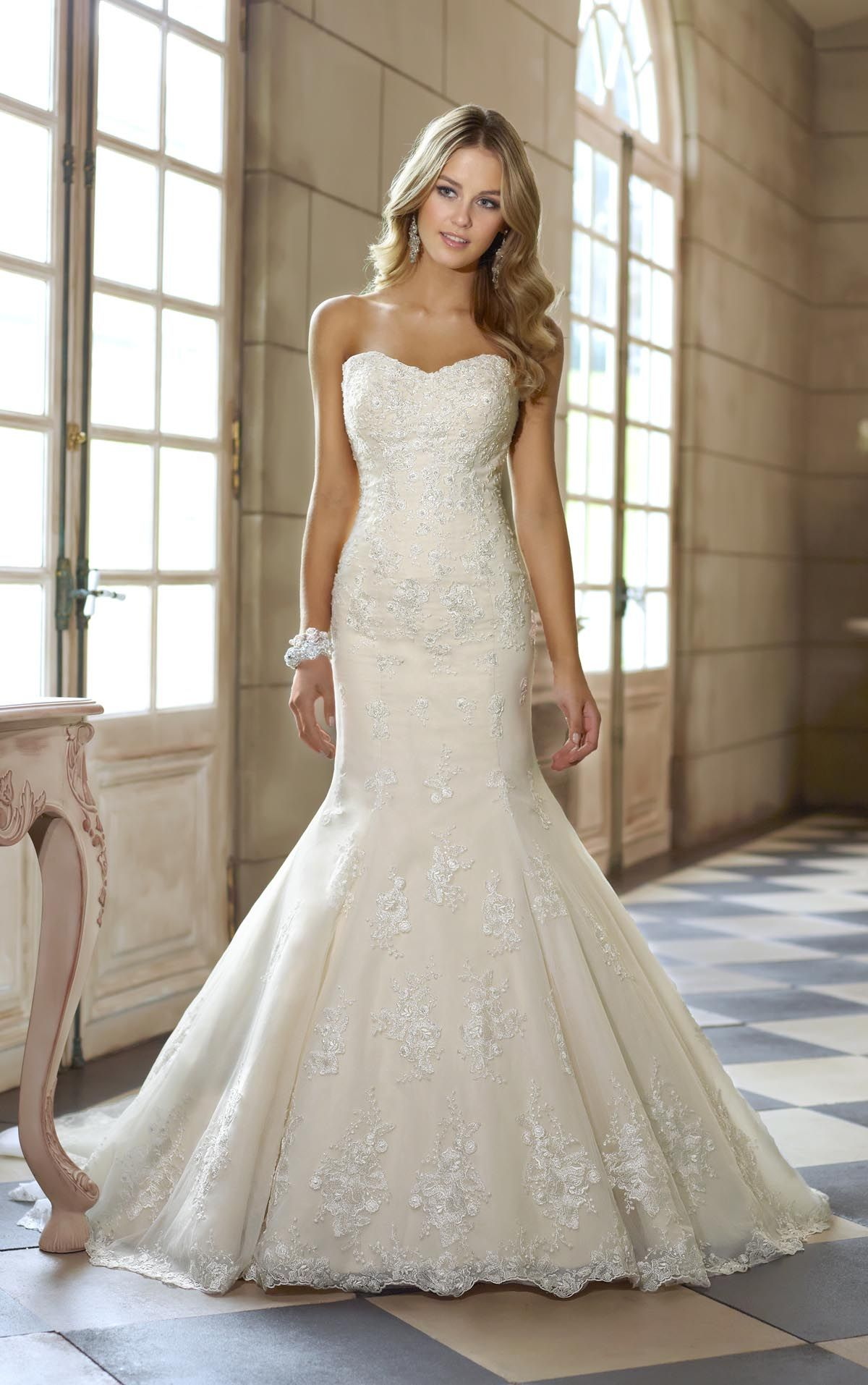stylish ivory lace strapless sweetheart fit and flare beaded ...
