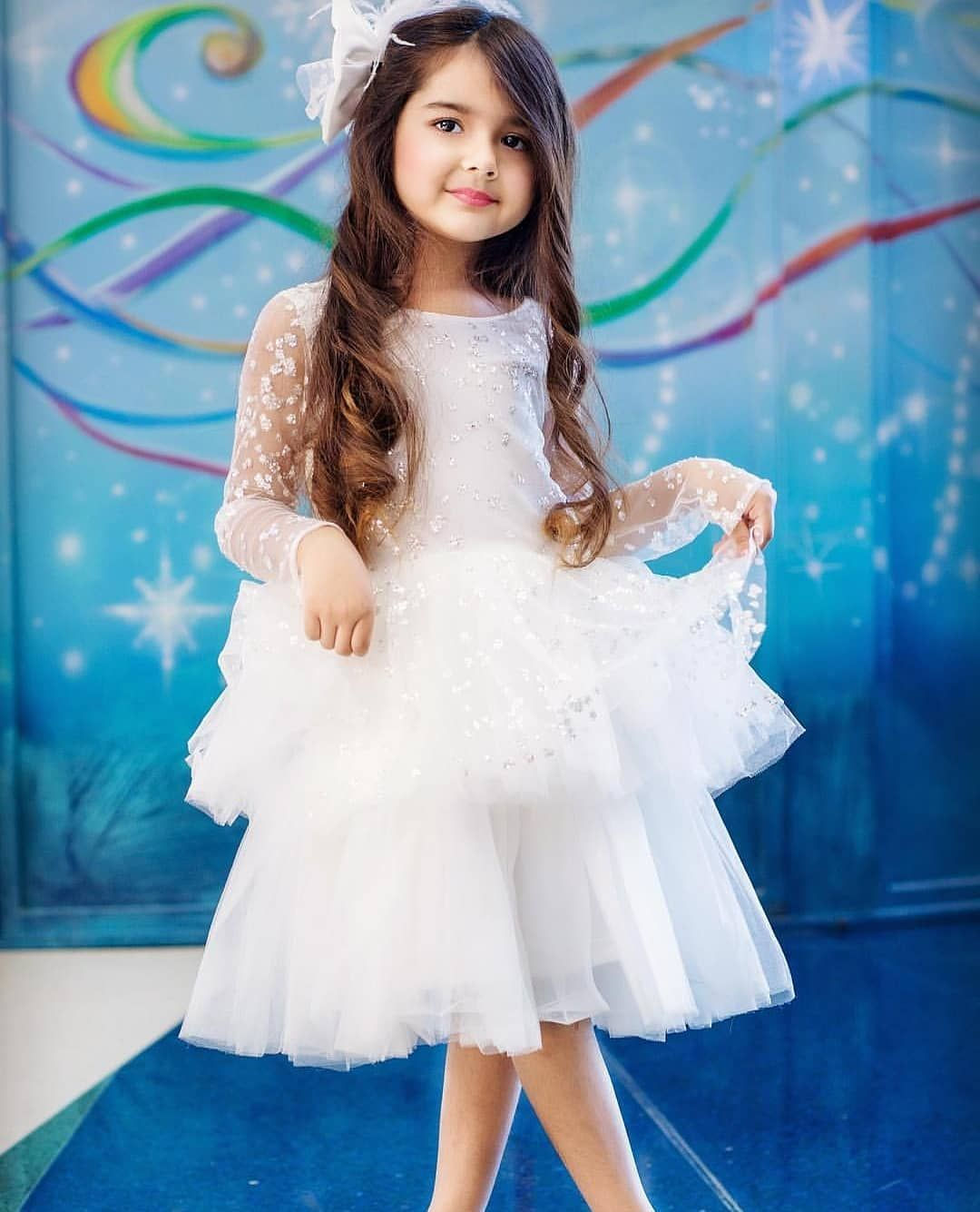 f7f9810251b Cutie pie @bella_miah_dhanani 😍❤✨ . #riwaajkhaana ...