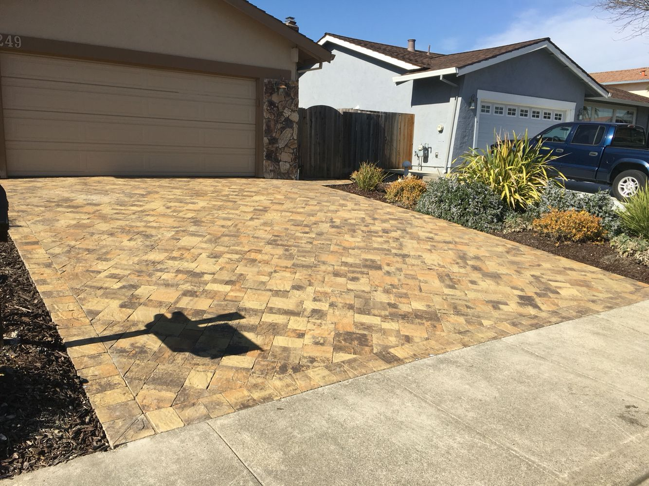 Beautiful Rustic YellowStone quarry Pavers from Calstone, installed ...