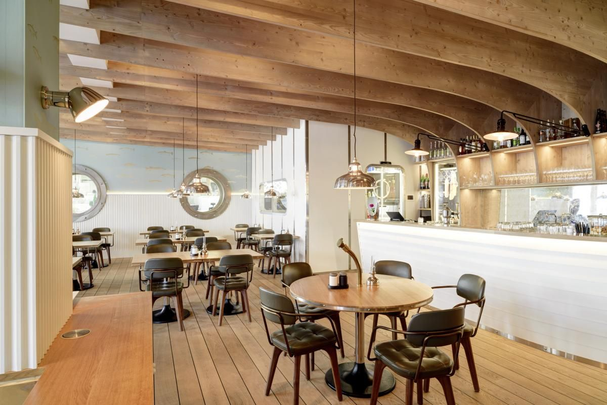 Das stilvolle Restaurant mit fangfrischen Fischspezialitäten aus dem ...